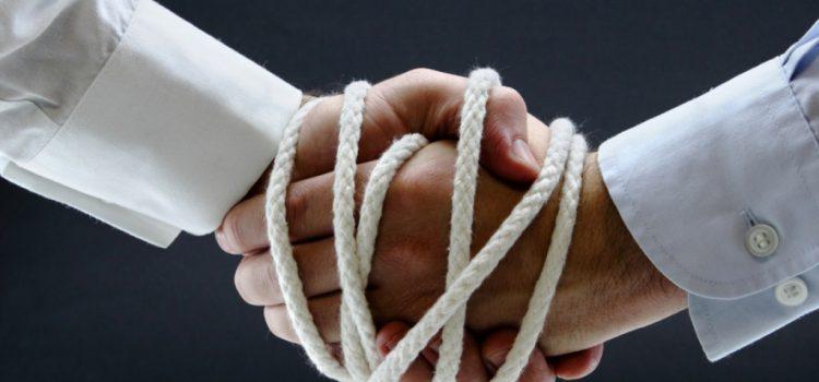 La entrega de arras o señal en un contrato de compraventa.